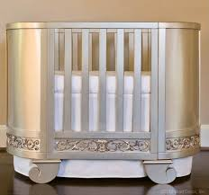 round cribs takes designer appeal up a notch