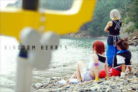 kingdom hearts cosplay Images?q=tbn:ANd9GcTuSIjKBQv27CtMBzO6Ee_xXFeVMNMe_OPVelZcPuG700GBnXGL