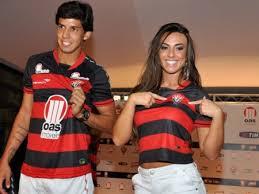 Vitória une Victor Ramos, Nicole Bahls e bom futebol para se dar ...