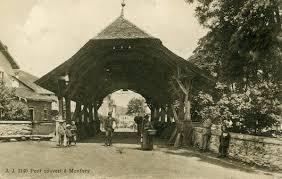 Vieux pont couvert de Monthey