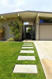 Home Modern Best 25 Mid Century Landscaping Ideas On Pinterest Modern Fence