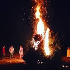 halloween background of wich bonfire wikipedia