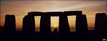 BBCBrasil.com   Reporter BBC   Stonehenge serviu de cemitério ...