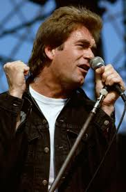 Huey Lewis Biography
