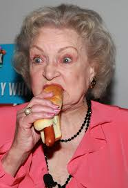 Betty White Likes Hot Dogs