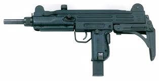 Liste des répliques - Partie II, les pistolets-mitrailleurs [Achevée] Uzi_imi