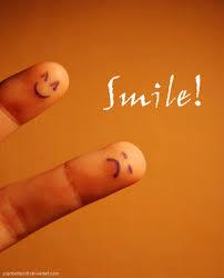 http://t2.gstatic.com/images?q=tbn:ECXa4riuVdImuM:http://tn3-2.deviantart.com/fs20/300W/i/2007/259/1/1/_smile__by_JogobellaZott.jpg&t=1