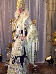 ازياء تقليدية جزائرية 34878_1255910108.jpg