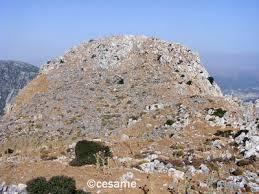http://t2.gstatic.com/images?q=tbn:JrYCGwOHZblDkM:http://crete.decouverte.free.fr/Lassithi%2520pic%2520de%2520karfi.