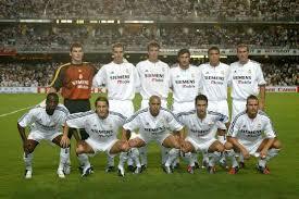 camén || رابطـة عشـاق ريال مدريد || 2010**2011 Real_Madrid_team_03-04
