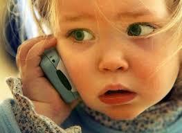 cellulare bambini Rischiano il tumore i bambini che usano il telefonino