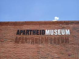 Apartheid(种族隔离)——南非英语点滴10 - 六一儿童 - 陈家基《译海拾蚌》