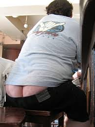 http://t2.gstatic.com/images?q=tbn:N8pGbCSBKWF9RM:http://www.appletreeblog.com/wp-content/2009/06/plumbers-crack.jpg&t=1