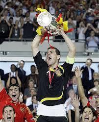Poema al gran Iker Casillas Iker-casillas-campeon-euro-2008