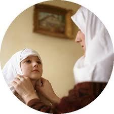 Nëna si edukatore e parë Mm