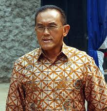 menko kesra aburizal bakrie 10 Orang Terkaya Indonesia 2010