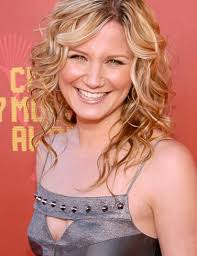 Jennifer Nettles was born on