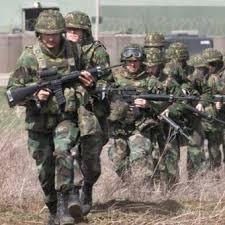 Pakistán cierra la principal vía para abastecer a la OTAN