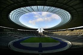 صور ملاعب جنوب إفريقيا 5222558_olympiastadion1