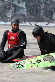VIDEO: Pro Surfers