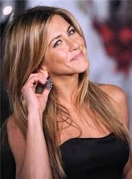 Les plus jolies femmes de la planète 1795471505-jennifer-aniston-non-demi-moore-ne-l-a-pas-convaincue