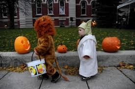 Halloween trick-or-treat hours