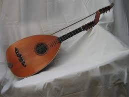 http://t2.gstatic.com/images?q=tbn:uK963FUrNAiiUM:http://www.boutique.ailia.fr/luth_guitare_6c/luth6cordes_0001.jpg