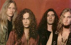 bassist Mike Starr dead