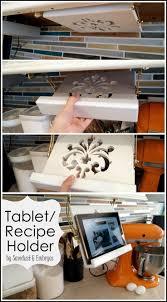 Installing Plug Mold Under Cabinets by Best 25 Under Cabinet Ideas On Pinterest Kitchen Spice Rack