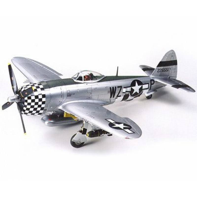 Tamiya P-47D Thunderbolt Fighter Plane Plastic Model Kit