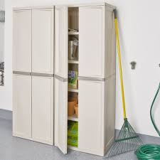 Free Standing Kitchen Cabinets Amazon by Amazon Com Sterilite 01428501 4 Shelf Cabinet With Putty Handles