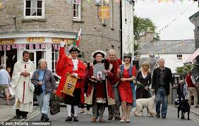 March of progress? Local Book shop owners protest against Amazon's Kindle at Hay Book Festival 2012