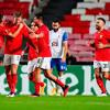 Europa League: Benfica vence Lech Poznan por 4 a 0 e já garante ...