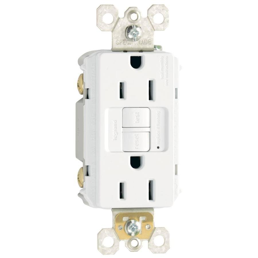 Pass and Seymour Outlet - 15a, White