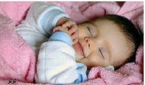 صور لصغار  نائميين .... حلوووووووووووين و الله ملائكة