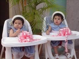 اجمل الاطفال التوام ** images?q=tbn:ANd9GcR
