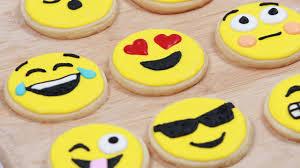 Nerdy Nummies Halloween 2015 by Gluten Free How To Make Emoji Cookies Nerdy Nummies