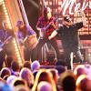 Luke Combs Brings the Energy For 'Beer Never Broke My Heart' at ...