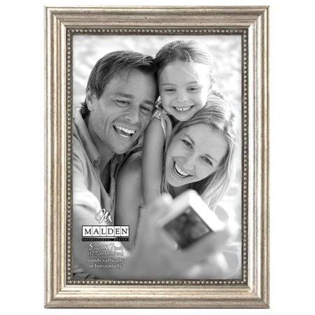 "Malden International Designs Classic Wood Picture Frame - 5"" x 7"""