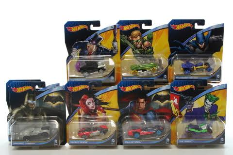 Mattel DKJ66 Hot Wheels 1 64 Scale DC Comics Character Vehicles Assortment