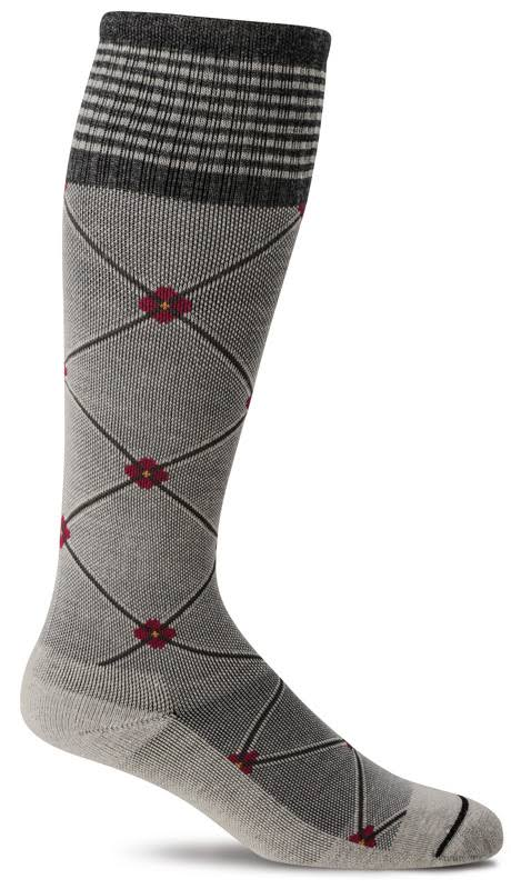 Sockwell Women's Elevation Firm Compression Socks M/L / Oyster