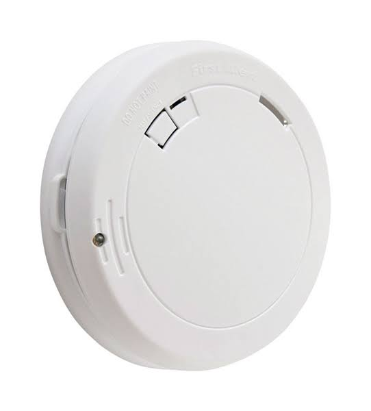 First Alert Battery Photoelectric Smoke Alarm - with Escape Light