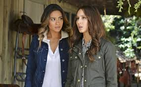 Pll Halloween Special by Pretty Little Liars Recap Ali Takes Control Glamour