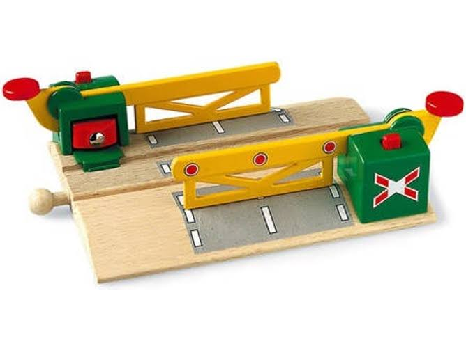 Brio Railway Train Accessory Toyset - Magnetic Action Crossing