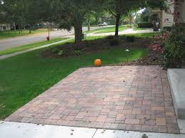 Pahls Pumpkin Patch by Borgert Autumn Blend Cobble Front Paver Patio In Apple Valley