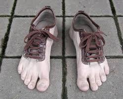 احذية غريبة وعجيبة images?q=tbn:ANd9GcS