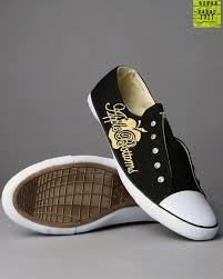 Converse Girls images?q=tbn:ANd9GcS