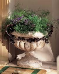 احلى مزهريات لتزيني بها منزلك images?q=tbn:ANd9GcS