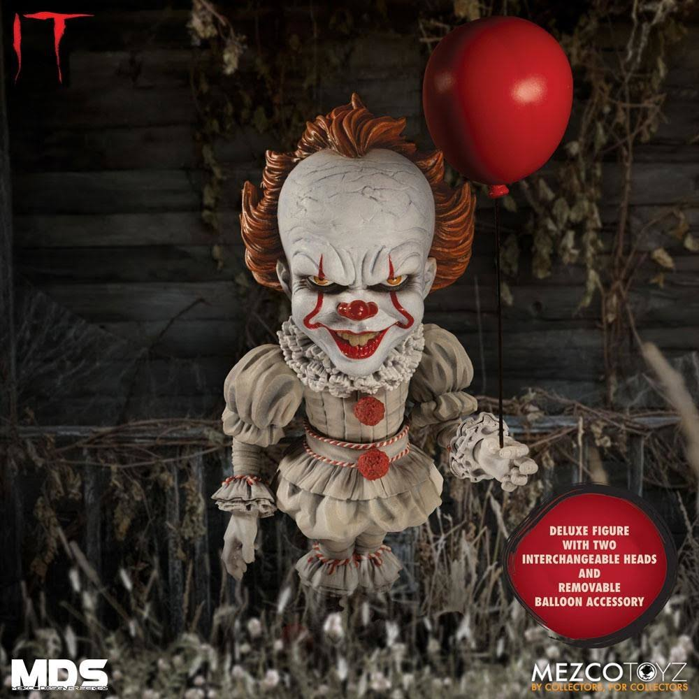 Mezco Designer Series It: Pennywise Deluxe Action Figure