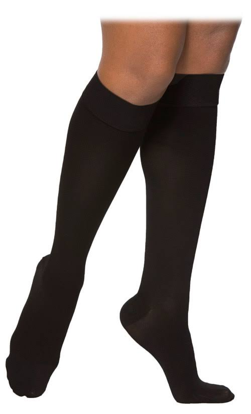 Sigvaris Women's Access 970 Closed-Toe Calf High Medical Compression Socks - 20-30mmHg, Crispa, Medium Short